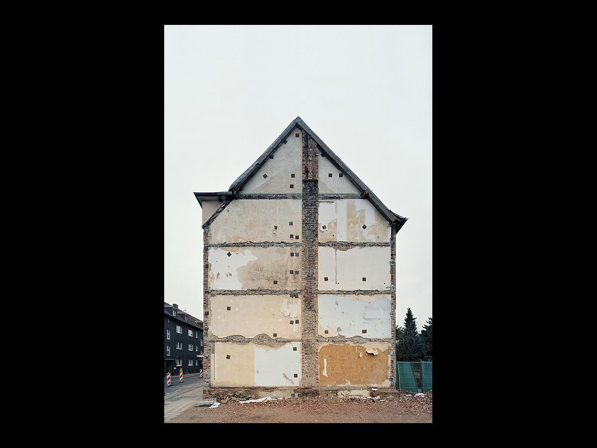 1370 daniel sumesgutnerdaniel sumesgutner. Black Bedroom Furniture Sets. Home Design Ideas