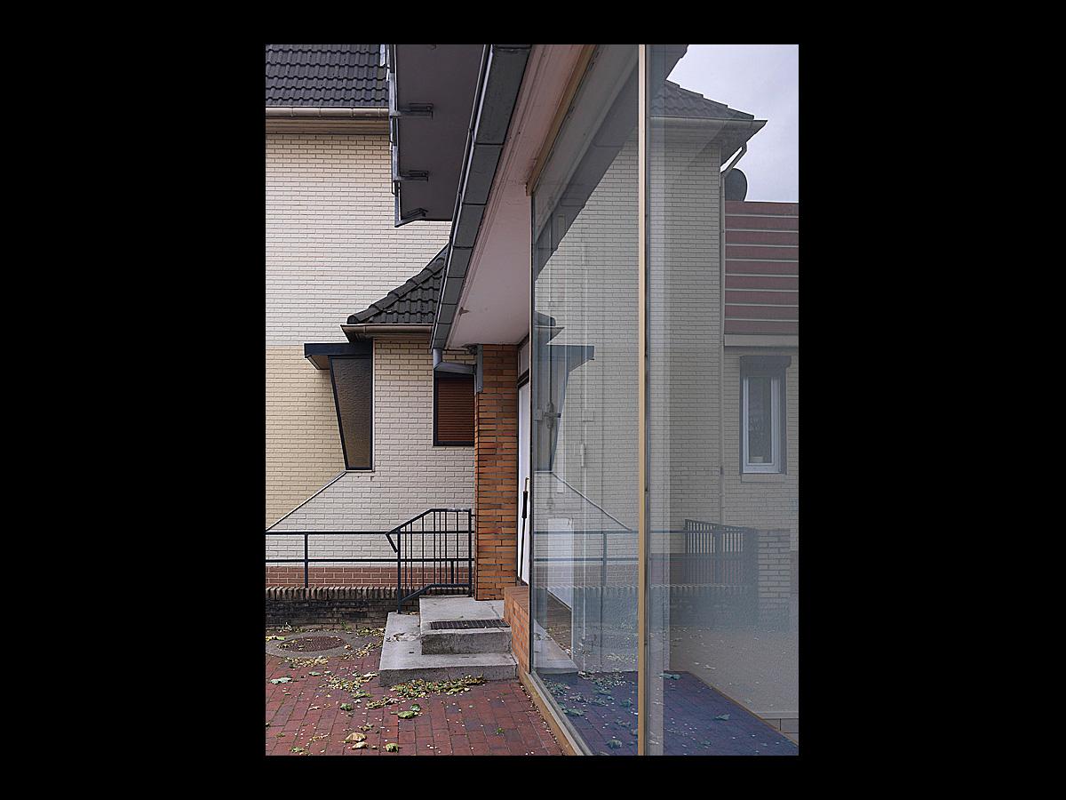2065 1 daniel sumesgutnerdaniel sumesgutner. Black Bedroom Furniture Sets. Home Design Ideas