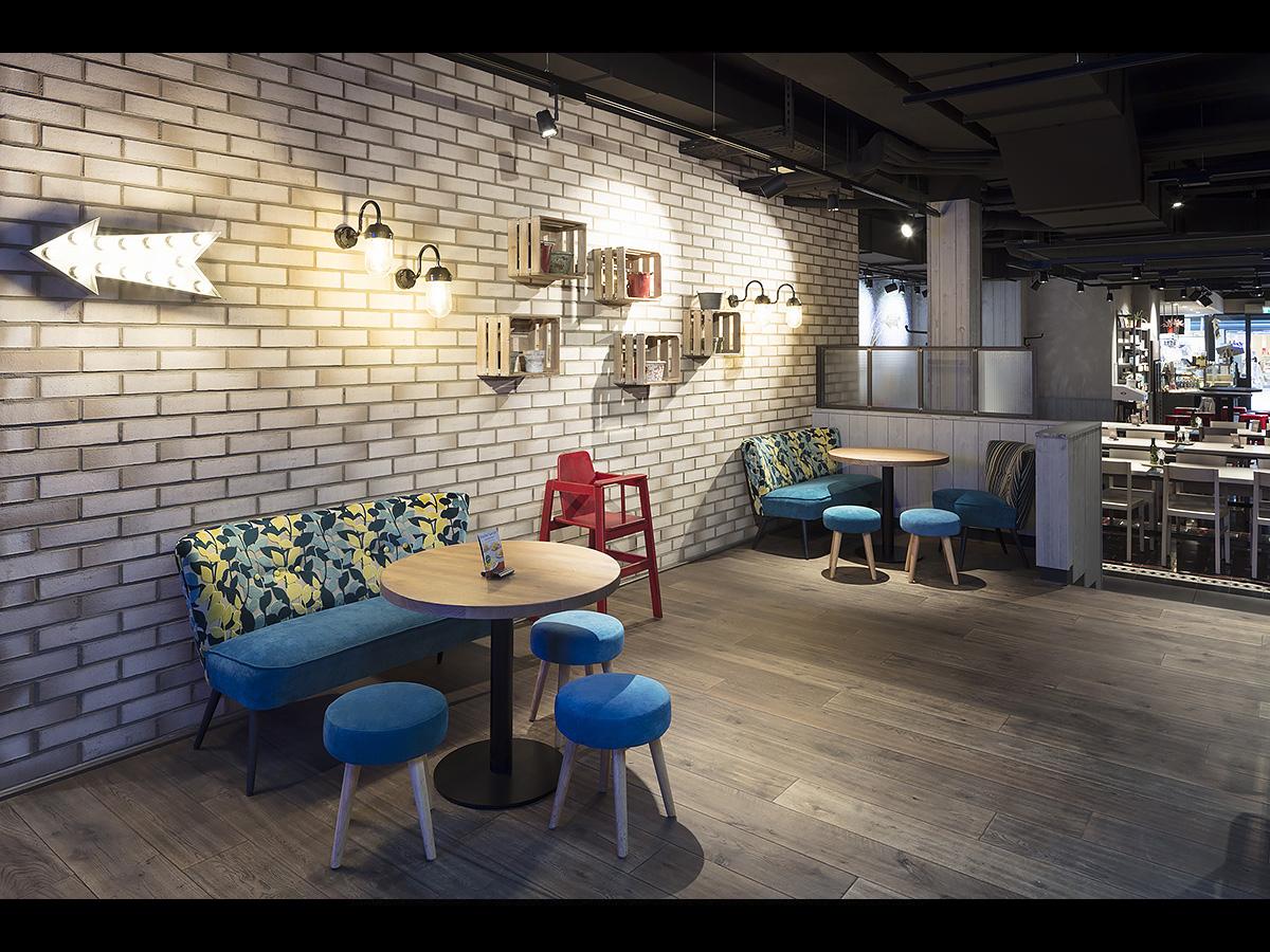 2742 27 daniel sumesgutnerdaniel sumesgutner. Black Bedroom Furniture Sets. Home Design Ideas